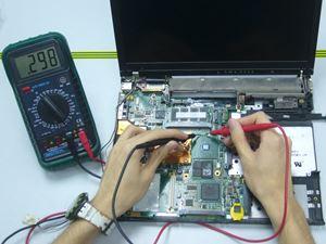 Twardy dysk w laptopie – pojemność i prędkość